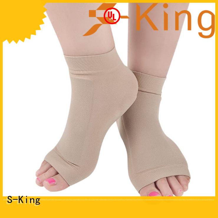 S-King moisturizing socks for stand